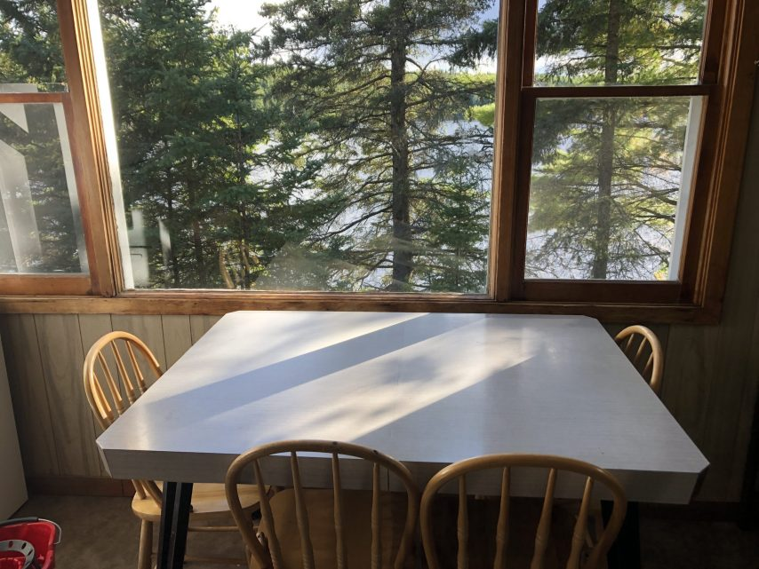 Cabin 7 Dining Area | Tyc's Blindfold Lake Resort