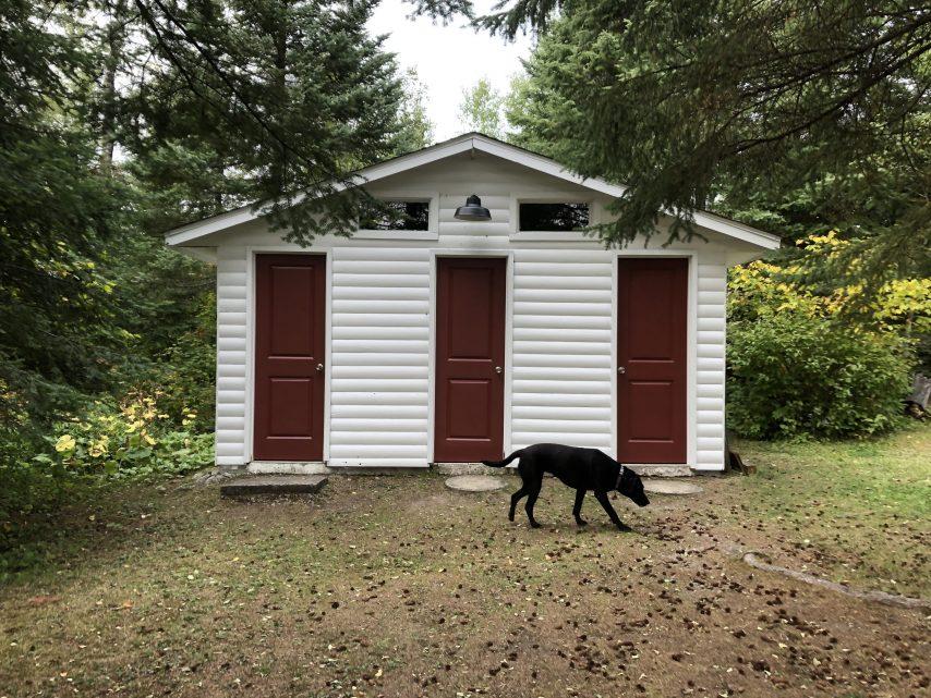 New Shower House | Tyc's Blindfold Lake Resort